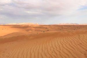 「ドバイ」砂漠の風景