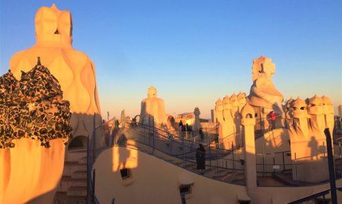 バルセロナのグラシア通りにある「カサミラ」の屋上風景