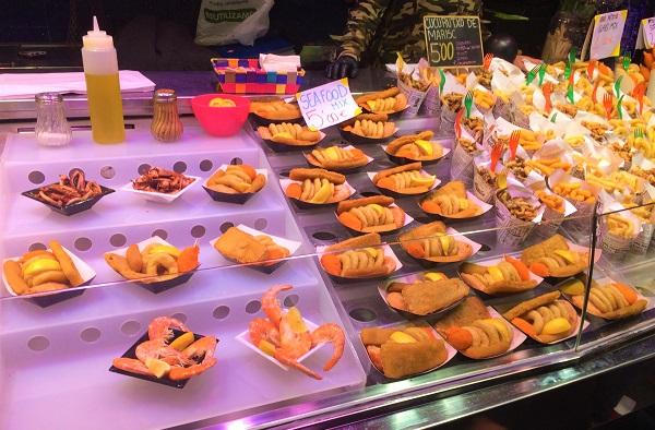 バルセロナのランブラス通りにある「ボケリア市場」