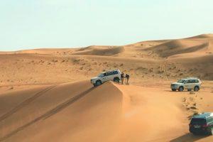 サファリドライブ「ドバイの砂漠ツアー」
