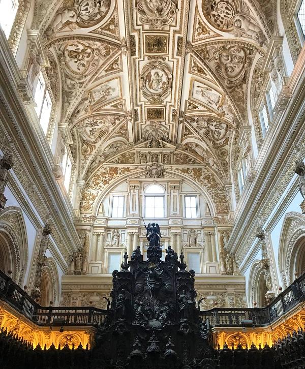 スペイン「メスキータ」にある、カテドラルの風景