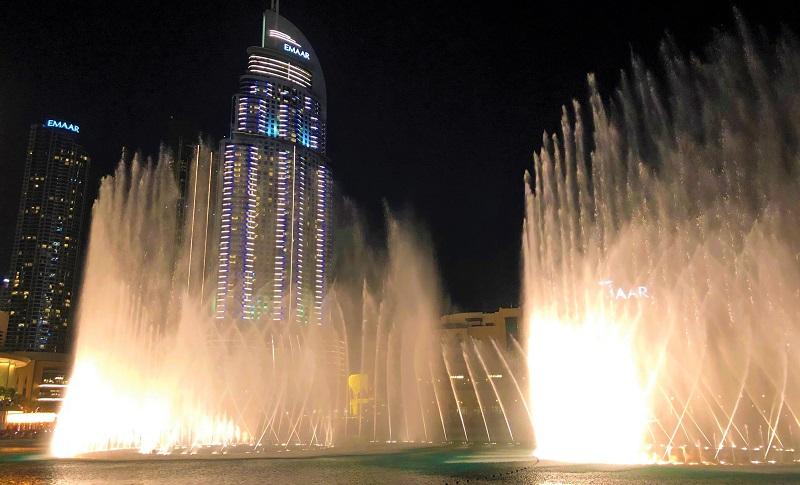 「ドバイファウンテン」の噴水ショー(2020-02-11)