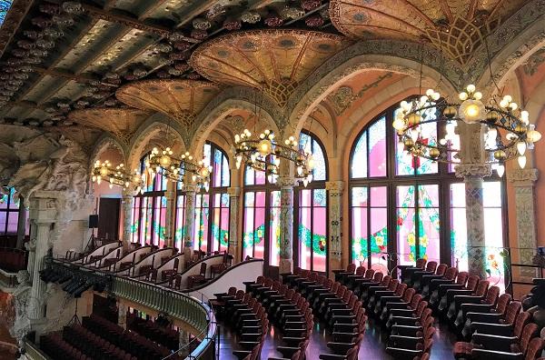 スペイン「バルセロナ」の世界遺産、「カタルーニャ音楽堂」