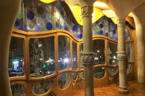 スペイン「バルセロナ」にある世界遺産「カサバトリョ」