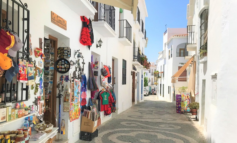 スペイン「アンダルシア地方」にある白い村「フリヒリアナ」