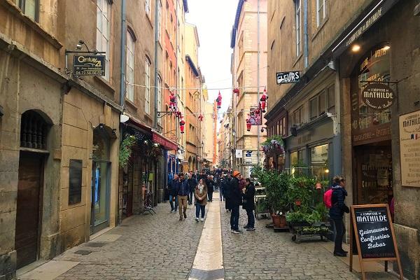 「フランス」リヨン旧市街の風景