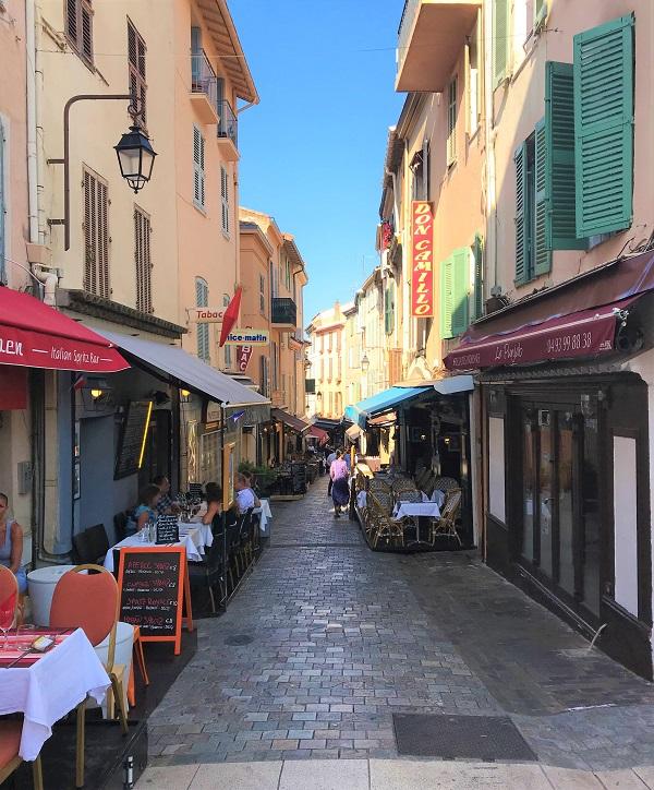 フランス「カンヌ」旧市街の風景