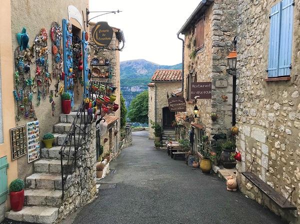 南フランスの鷲の巣村「グルドン」